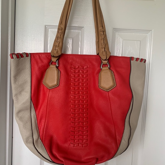 Handbags - Dr Yany leather Tote